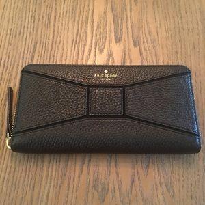 kate spade Handbags - PM Editor Pick~Kate Spade Black Bow Leather Wallet