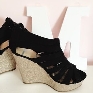 Elle Shoes - ELLE sparkle wedges size 6.5