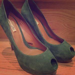Zara green peep toe pumps with gold heels
