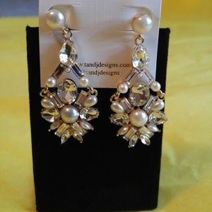 ❤Super Sparkly- Luxe Pearl & Crystal Drop Earrings