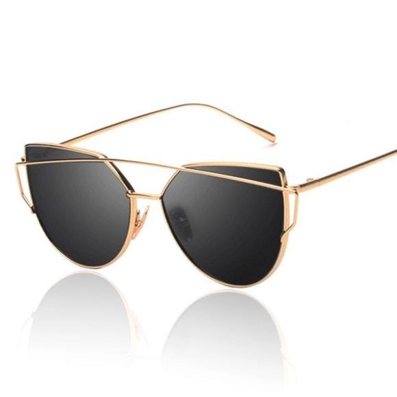 97a43b7296 QUAY IMITATION Gold + Black Top Bar Sunglasses NIB