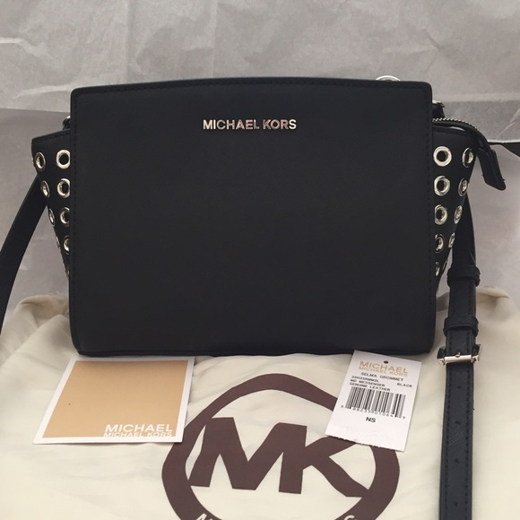 6d2e85490521 ... low price michael kors selma medium grommet messenger black 7d452 3e9cb