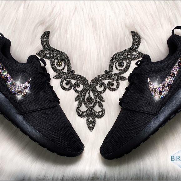 new style 2d5de 1faaa Swarovski Nike Roshe Leopard Bling Shoes