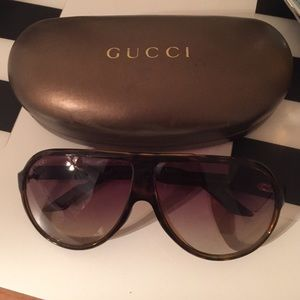 *SALE* GUCCI Sunglasses- Aviators