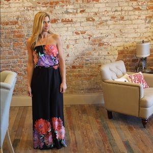 Dresses & Skirts - Strapless floral print maxi dress