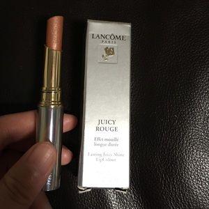 Lancôme juicy rouge lipstick in Praline shade