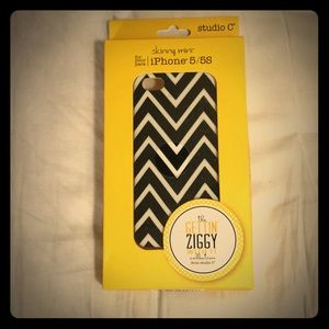 Accessories - iPhone 5/5S Cover NIB/NWT