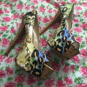 Chinese Laundry cheetah print 6 inch heels