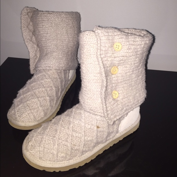 how to clean uggs salt stains