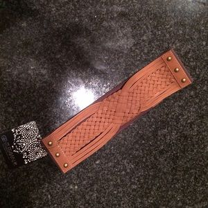Gentlefawn  Accessories - Brown stretch belt. Faux leather/suede.