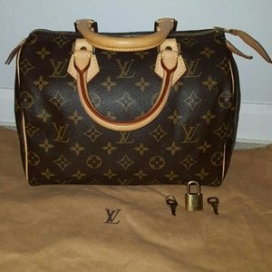 Louis Vuitton Handbags - Louis Vuitton Speedy