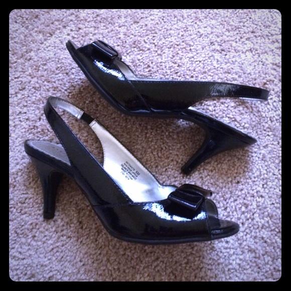 63% off Anne Klein Shoes - Office Kitten Heels from Lorena&39s