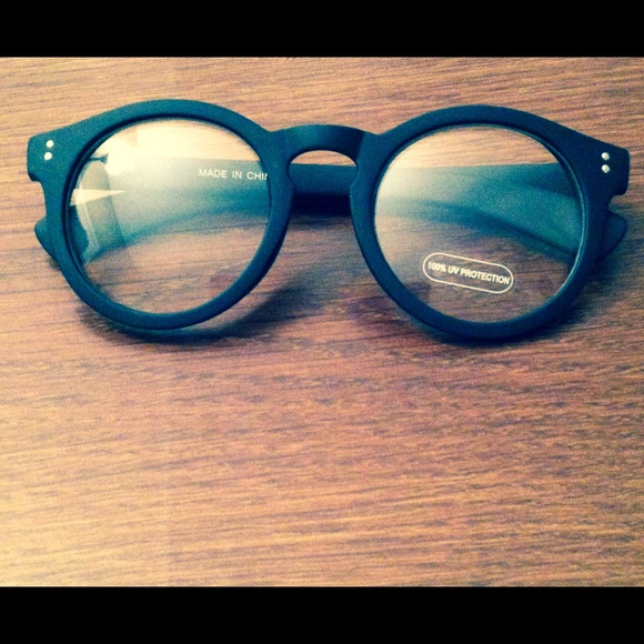 Cute clear lens sunglasses 100% uv protection new