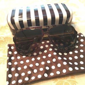 henri bendel Accessories - Host Pick 5/26 🎉 Henri Bendel Aviator Sunglasses