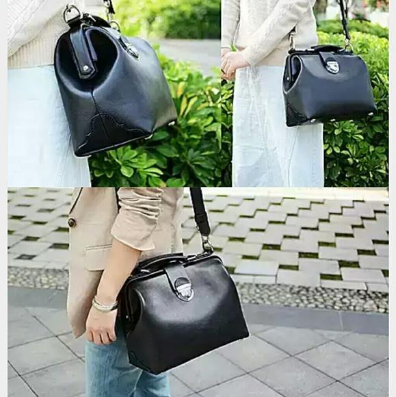 2f0ce6bdfe0 Everlane Bags   Sale Camel Color Leather Doctor Bag   Poshmark