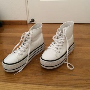 Shoes - Platform white high tops!
