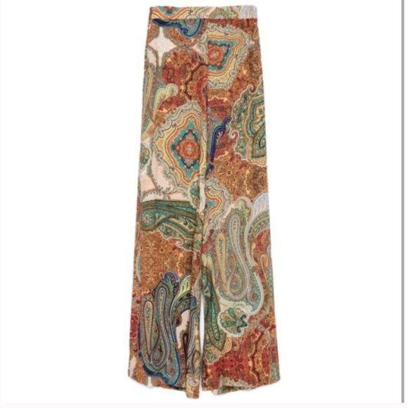 Zara Pants - Brand new wide-leg paisley print trouser pants