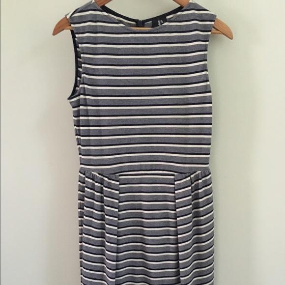 Karen Walker Dresses & Skirts - Karen Walker for Anthropologie Summer Tulip Dress