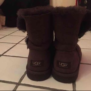 Bailey Button Brown UGG boots!🎀