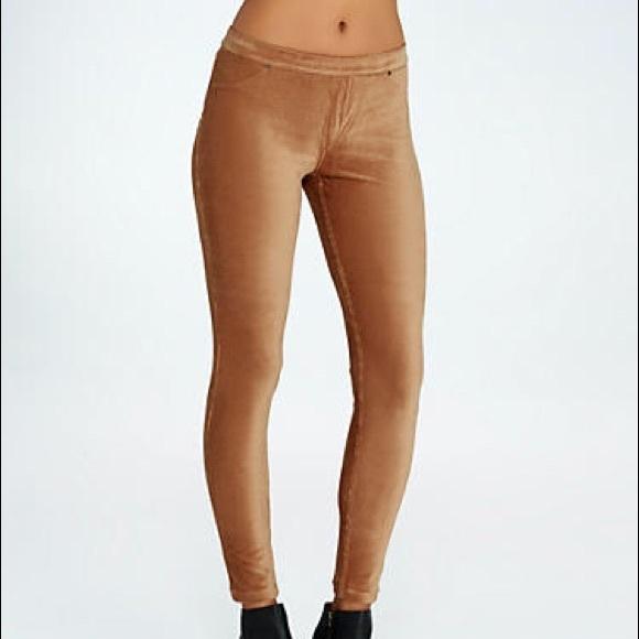 853eab7cb4f003 HUE Pants | Corduroy Caramel Brown Leggings | Poshmark
