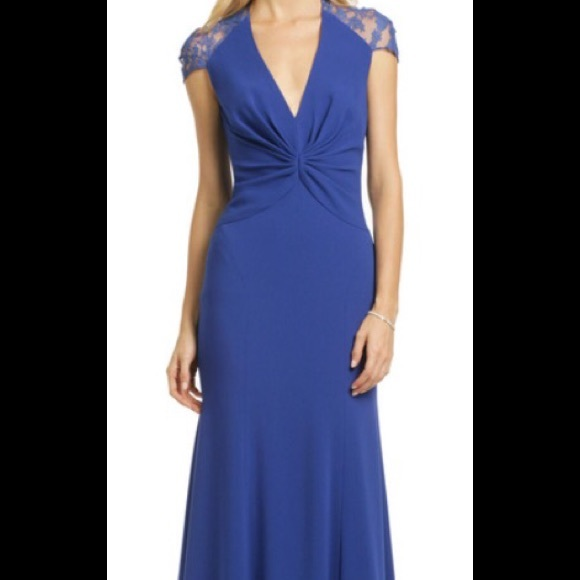 dfe2a3bf19d1 Jenny Packham Dresses   Skirts - Reem Acra gorgeous Sapphire Serenity Gown  Size 6