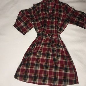 Dresses & Skirts - Red plaid dress Fits size 4. It's a junior Large