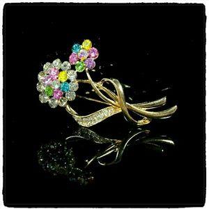 SALE Jewelry - Chic Flower Bouquet Rhinestone Inlaid Brooch