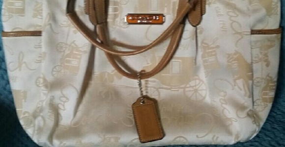 e5cfdbfeeb0 Coach Bags   Horse Carriage East West Gallery Tote   Poshmark