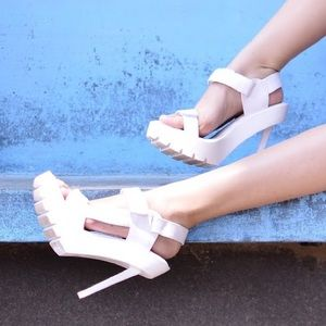 💥FLASH SALE💥 Jeffrey Campbell Tamera Sexy Heels