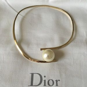 XSOLDX New and Very Rare!! Dior Mise en Dior Pearl