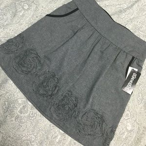 Gray A-Line skirt with pockets