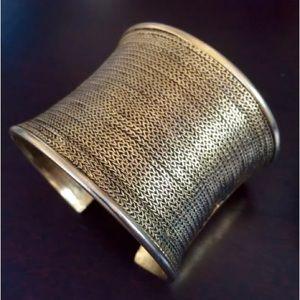 Nine West Jewelry - 9 NINE WEST NEW GOLD CUFF WIDE STATEMENT BRACELET!
