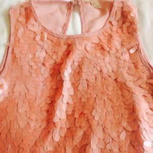 other Tops - Best staple outing blouse