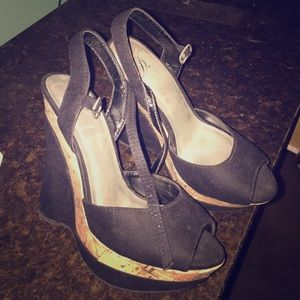 D Celli Shoes - Black wooden wedges
