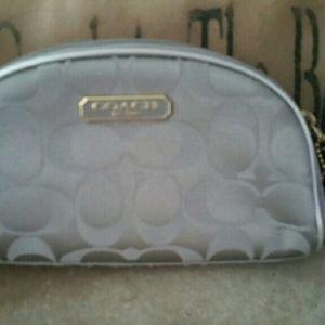 Coach signature cosmetic bag # B903