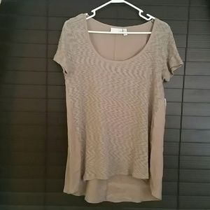 14th & Union Tops - NWT Flowey Top