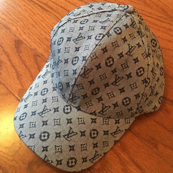 26aaaaf16a399 Accessories - NEW Louis Vuitton Baseball Cap