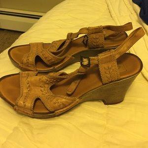 Clarks wedge heel