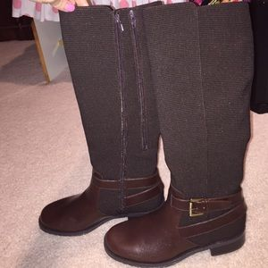 Brand new tall Aerosoles chocolate leather boots