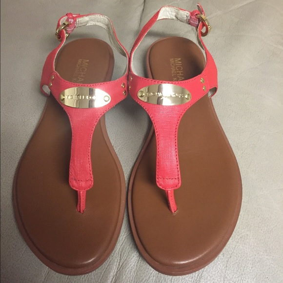 245dcde3f6b Mk gold plated sandals color is coral reef. M 5743c31a6802780958004cf3