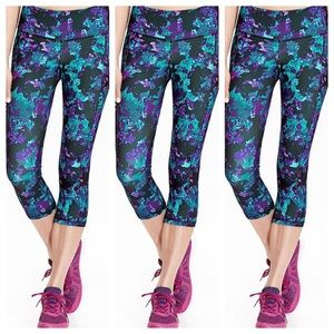 Old Navy Pants - Old Navy Active Floral Capri.
