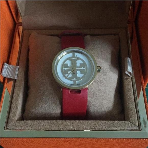 572c5ee4f TORY BURCH TRB4005 Women's Watch Reva Red Leather.  M_5743cc38bf6df569d40068e1