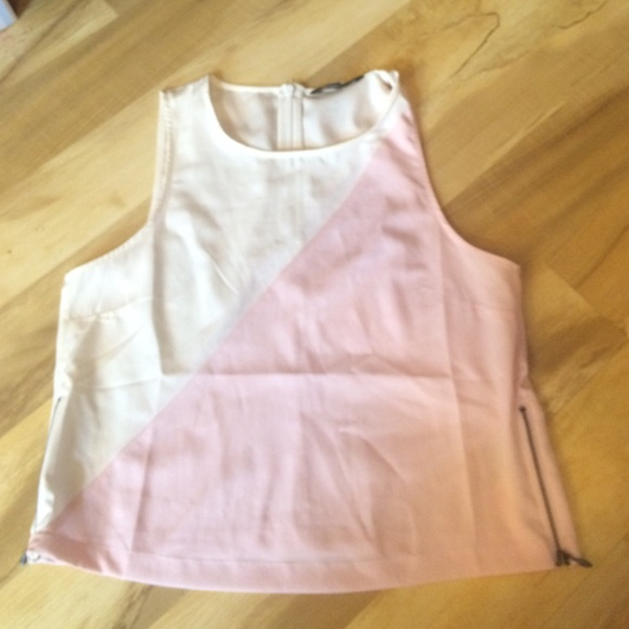 Tops - Banana republic tank top with zippers