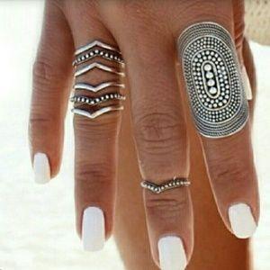 Sunahara Jewelry Jewelry - 1 16k Gold or Silver Plain/Beaded V Midi Ring