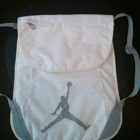 66f3f41bf2f jordan sling bag cheap > OFF62% The Largest Catalog Discounts