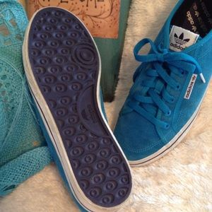 Teal Suede Leather Adidas purple accent EUC