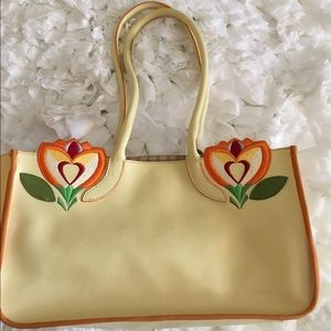 Francesco Biasia Handbags - 🎉SALE!🎉Francesco Biasia light yellow tote