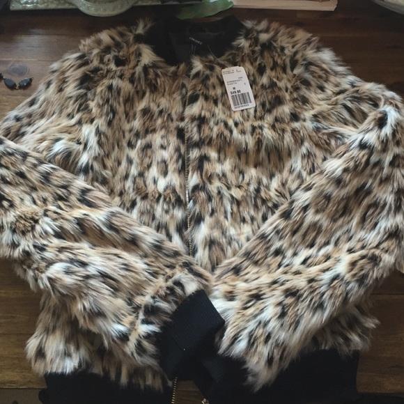 d0f4a1a97 Faux Leopard Fur Bomber Jacket Size Medium Boutique