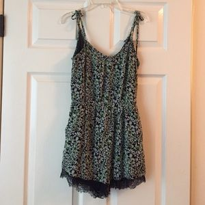 Barely Worn BCBGeneration Romper SZ XS