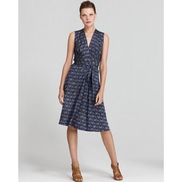 ae6b155c0e5 Tory Burch Theona silk print wrap dress S. M_5744fc0c8f0fc40b1500a186